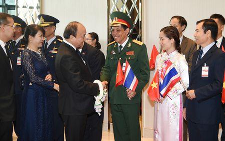 Thu tuong Nguyen Xuan Phuc den Bangkok tham chinh thuc Thai Lan - Anh 4