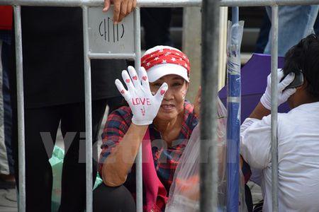 Hinh anh ben ngoai Toa an xet xu cuu Thu tuong Yingluck Shinawatra - Anh 3