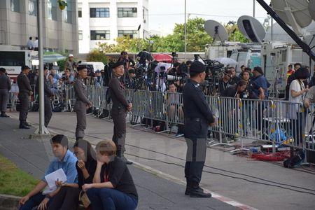Hinh anh ben ngoai Toa an xet xu cuu Thu tuong Yingluck Shinawatra - Anh 8