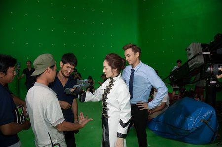 Phim ngan ngap tran ky xao cua Ngo Thanh Van va Johnny Tri Nguyen ra mat online - Anh 3