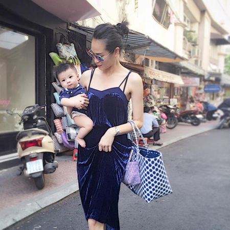 """Giau nut vach"" nhung ngoc nu Tang Thanh Ha van xach tui co vai chuc ngan dong - Anh 5"