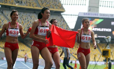 SEA Games: 4 hot girl dien kinh VN pha ky luc, gianh HCV lich su - Anh 4
