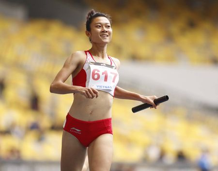 SEA Games: 4 hot girl dien kinh VN pha ky luc, gianh HCV lich su - Anh 8