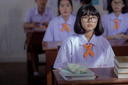 Ban to mo tan suat nghi den 'chuyen ay' bao lan mot ngay? Hay xem 'Bi mat day thi'... - Anh 1