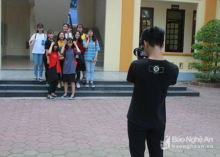 'Sot' cung Clubs Fair cua hoc sinh truong Phan - Anh 7