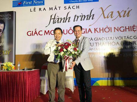 Nguyen Huu Thai Hoa truyen giac mo khoi nghiep - Anh 1