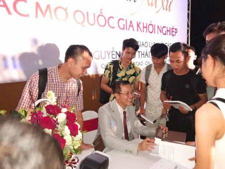 Nguyen Huu Thai Hoa truyen giac mo khoi nghiep - Anh 2