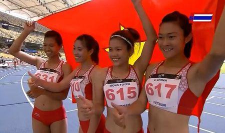 Tiep suc nu VN lan dau vuot Thai, pha ky luc SEA Games - Anh 2
