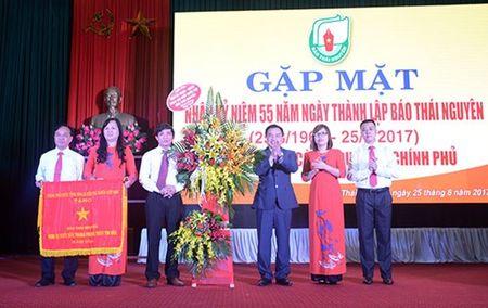 Bao Thai Nguyen ky niem 55 nam Ngay thanh lap va don nhan co Thi dua cua Chinh phu - Anh 1