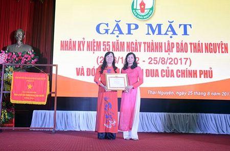 Bao Thai Nguyen ky niem 55 nam Ngay thanh lap va don nhan co Thi dua cua Chinh phu - Anh 2