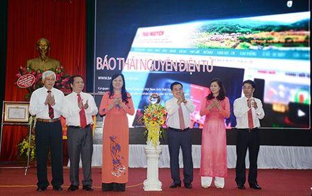 Bao Thai Nguyen ky niem 55 nam Ngay thanh lap va don nhan co Thi dua cua Chinh phu - Anh 4