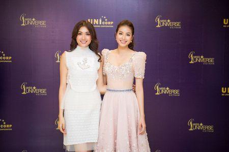 MC Phan Anh cung A hau Hoang My tim kiem Hoa hau Hoan vu Viet Nam 2017 - Anh 4