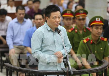 Ha Van Tham khai chi lai ngoai de 'cuu' Oceanbank - Anh 1