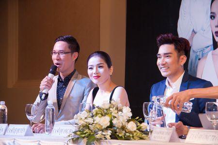 Le Quyen va Quang Ha on ngheo ke kho trong buoi hop bao live show - Anh 4