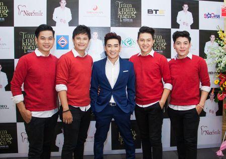 Le Quyen va Quang Ha on ngheo ke kho trong buoi hop bao live show - Anh 8