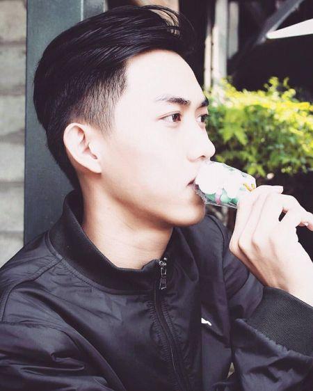Nam than Bac Lieu sinh nam 1999, cao 1m8 duoc ca trai, gai nhan tin to tinh - Anh 2