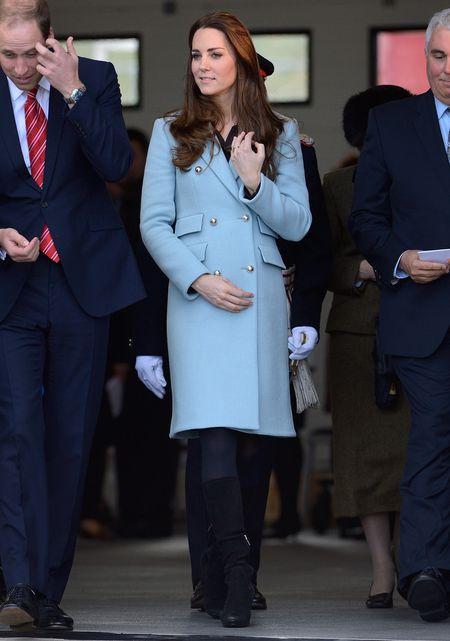 Phong cach thoi trang bau cua Cong nuong Kate Middleton - Anh 10