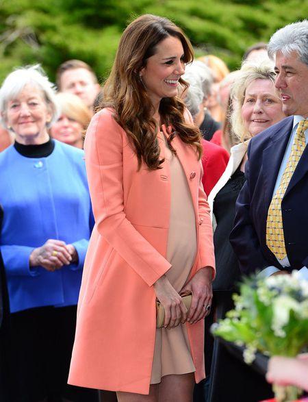 Phong cach thoi trang bau cua Cong nuong Kate Middleton - Anh 2