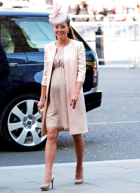 Phong cach thoi trang bau cua Cong nuong Kate Middleton - Anh 3