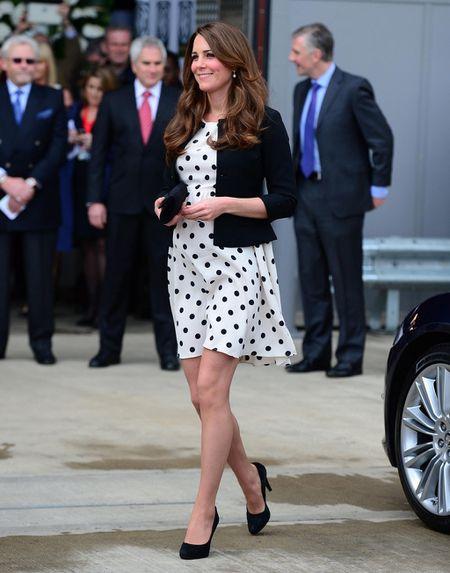 Phong cach thoi trang bau cua Cong nuong Kate Middleton - Anh 5