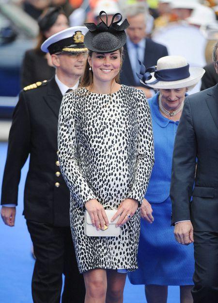 Phong cach thoi trang bau cua Cong nuong Kate Middleton - Anh 6