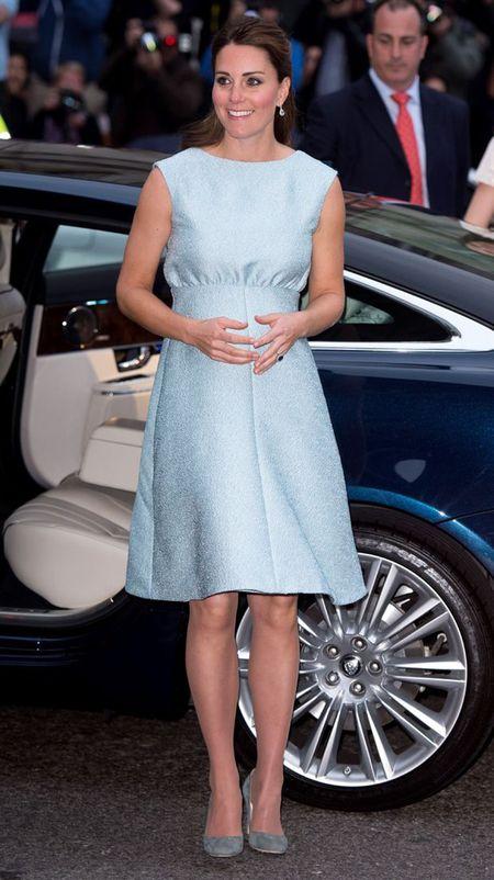 Phong cach thoi trang bau cua Cong nuong Kate Middleton - Anh 9