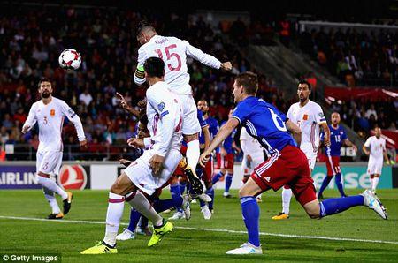 Ket qua tran Liechtenstein vs Tay Ban Nha: Ac mong kinh hoang - Anh 1
