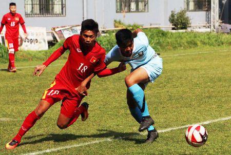 U18 Viet Nam ra quan giai U18 DNA bang chien thang vui dap - Anh 1