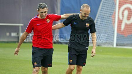 Ngay dau tap luyen cung Messi, Dembele vui ra mat - Anh 3