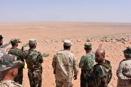 Muc kich tran dia phao danh tan phien quan IS o Deir-Ezzor - Anh 6