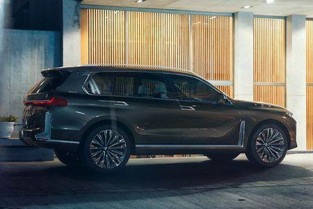 Ngam SUV hang sang BMW X7 iPerformance truoc ngay ra mat - Anh 7