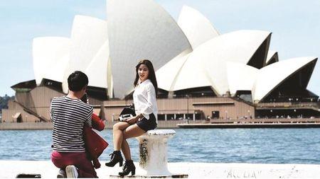 Australia huong loi tu du khach nuoc ngoai - Anh 1