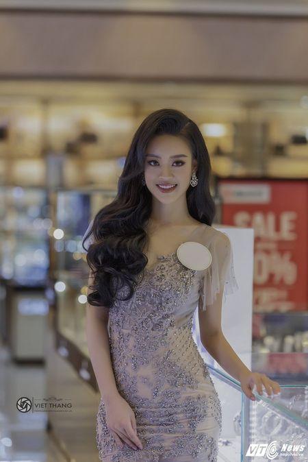 Hot girl DH Phong chay chua chay Hoang Hai Thu: Guong mat trien vong tai cuoc thi HHHV 2017 - Anh 1