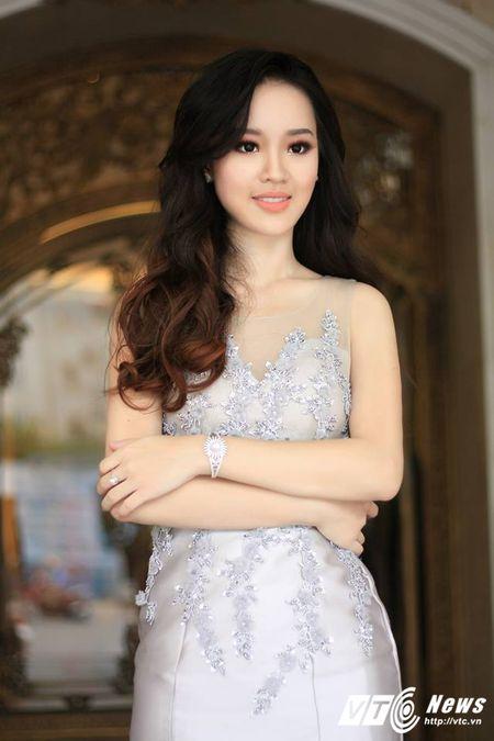 Hot girl DH Phong chay chua chay Hoang Hai Thu: Guong mat trien vong tai cuoc thi HHHV 2017 - Anh 4