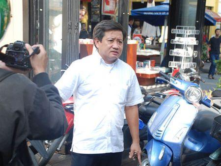 Ong Doan Ngoc Hai de nghi cach chuc Pho Chu tich phuong Tan Dinh - Anh 1