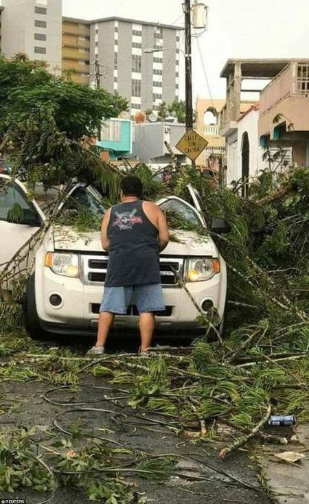 Sieu bao Irma kem gio 300 km/h pha tan nat dao Barbuda - Anh 2