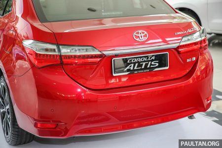 Toyota Corolla Altis 2017 chot gia ban tu 638 trieu dong tai Malaysia - Anh 5