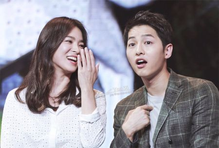 "Bien kich Hau Due Mat Troi khang dinh: ""Song Joong Ki - Song Hye Kyo yeu nhau den chet"" - Anh 2"