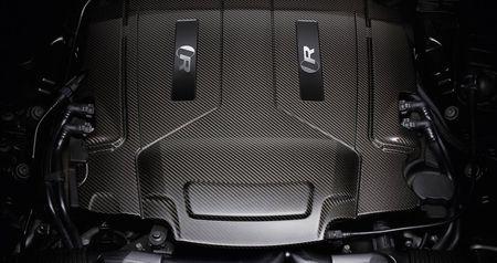 Sedan hieu suat cao Jaguar XJR575 chot gia tu 122.400 USD - Anh 2