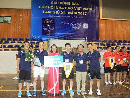 Khai mac Giai Bong ban Cup Hoi Nha bao Viet Nam lan thu XI - Anh 6