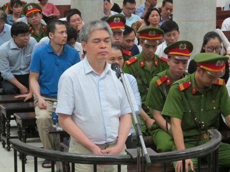 Pho tong PVN khai nhan 20 ty dong qua bieu cua Nguyen Xuan Son - Anh 2
