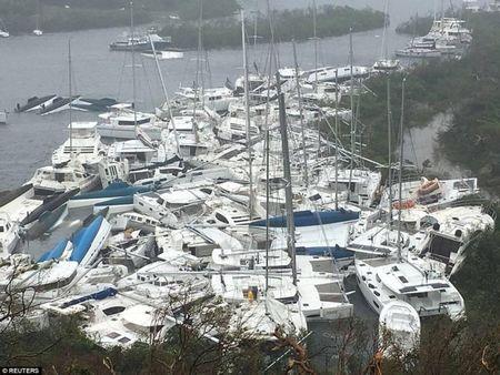 Bao Irma can quet Caribe, khien 10 nguoi thiet mang truoc khi vao My - Anh 12