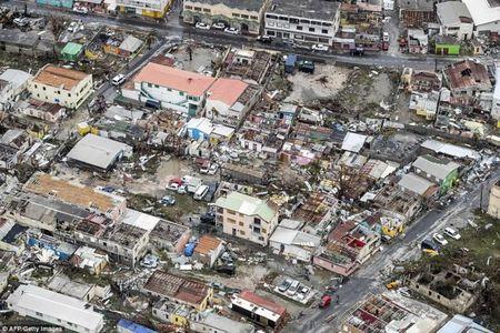 Bao Irma can quet Caribe, khien 10 nguoi thiet mang truoc khi vao My - Anh 8