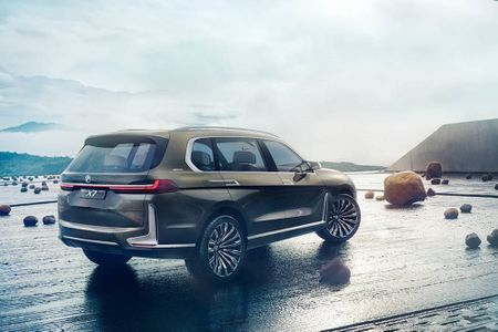 Hinh anh gay soc cua BMW X7 Concept chua tung thay - Anh 5
