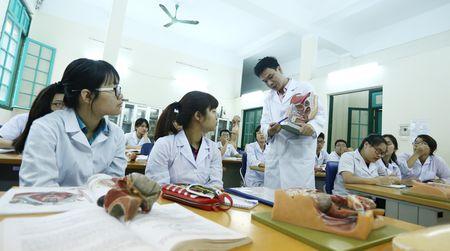 Xep hang dai hoc: Truong 'hot' rot hang - Anh 1