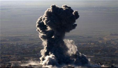 No xe cho dan o Tay Bac Syria, 9 tay sung Al-Nusra thiet mang - Anh 1