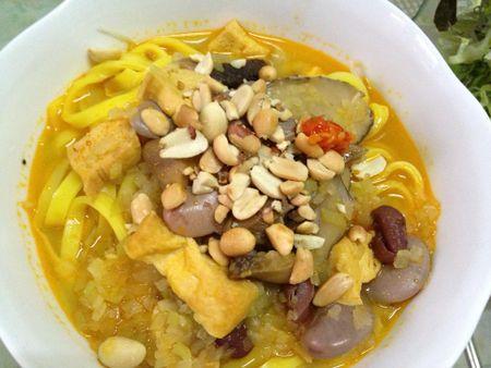 Cach nau mi Quang chay thom phuc dam vi cho ngay ram - Anh 8