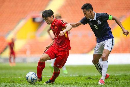 Du am tran Viet Nam 2-1 Campuchia: Dung trach, can chia se - Anh 1