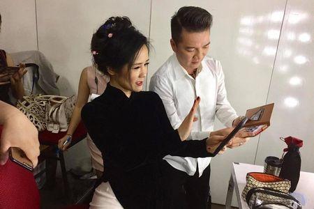"""Bi Hong Nhung gian, Dam Vinh Hung van khong quen """"da xeo"""" phat ngon cua Tung Duong - Anh 1"""
