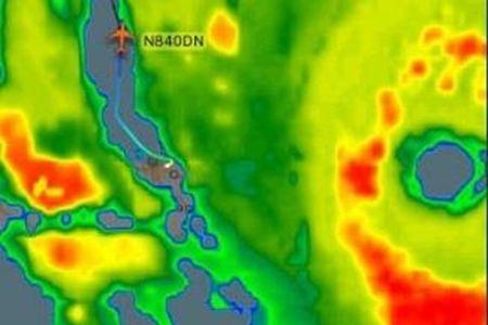May bay Delta lieu linh cho 173 hanh khach xuyen qua sieu bao Irma - Anh 1